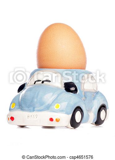 Stock de imagenes de huevo coche huevera aislado for Coche huevo