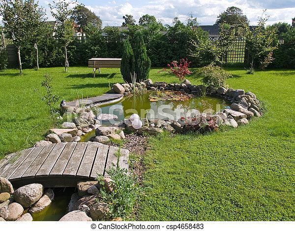 Photo beau classique jardin fish tang jardinage for Charcas de jardin