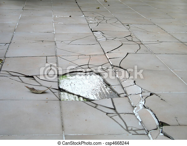 Earthquake crack on floor - csp4668244