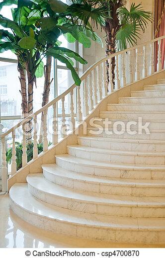 photographies de classique escalier luxe salle csp4700870 recherchez des photos des images. Black Bedroom Furniture Sets. Home Design Ideas