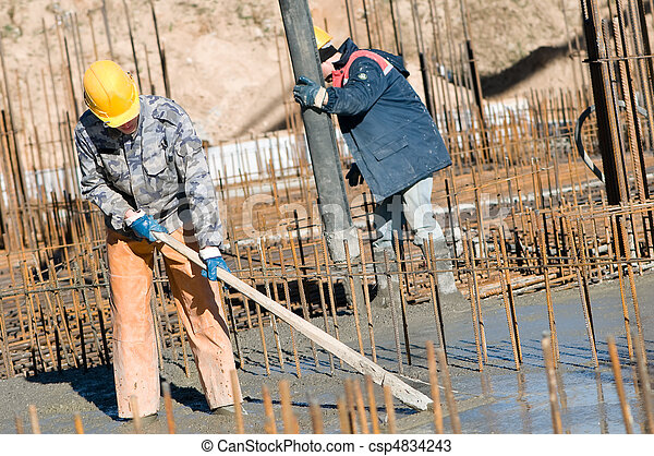workers on concrete works - csp4834243