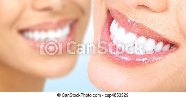 婦女, 牙齒 - csp4853329
