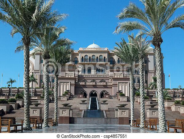 Stock fotografie van majestueus arabisch paleis steegje for Van nederlands naar arabisch