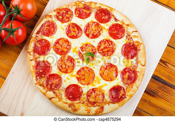 Whole Pepperoni Pizza - csp4875294
