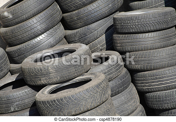 pile of used tyres - csp4878190