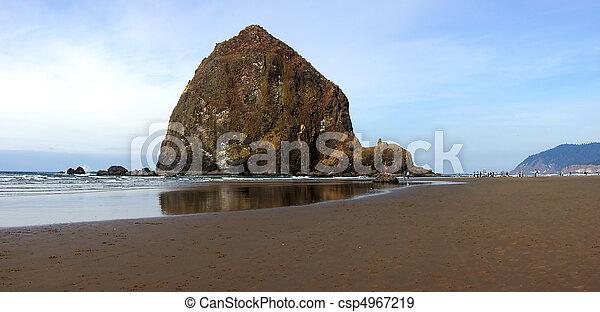 The Rock Canon Beach Oregon. - csp4967219