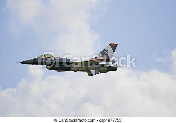 General Dynamics F16 - csp4977753