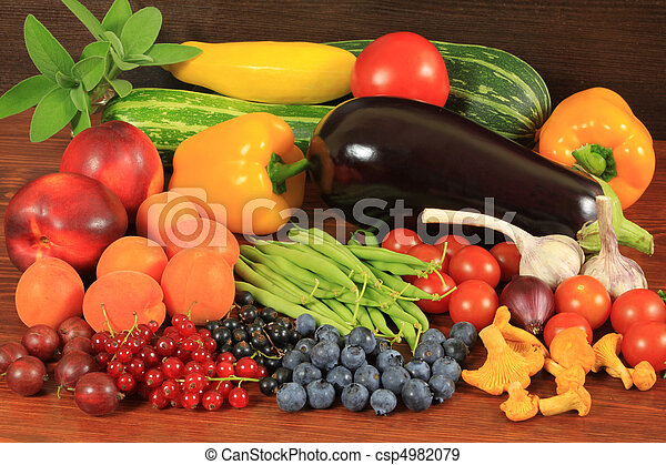 Organic food - csp4982079
