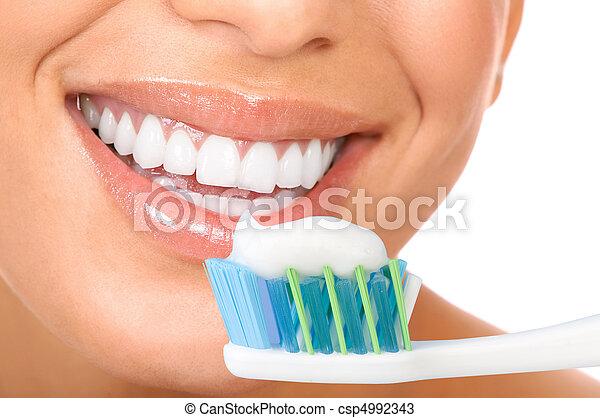 健康的牙齒 - csp4992343