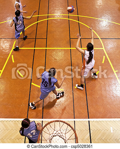 youth girls indood basketball - csp5028361