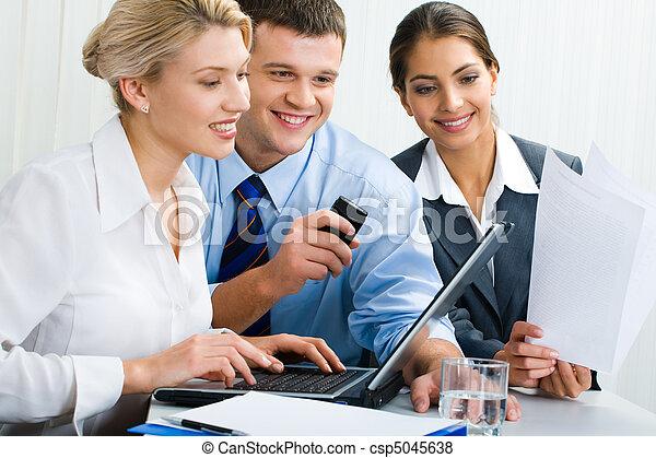 ビジネス チーム - csp5045638