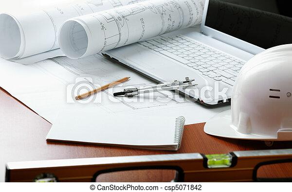 professionell, konstruktion - csp5071842
