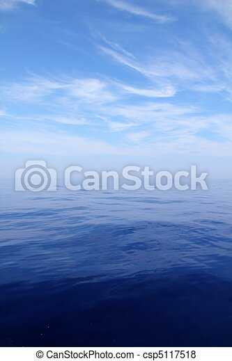 Calm sea blue water ocean sky horizon scenics - csp5117518