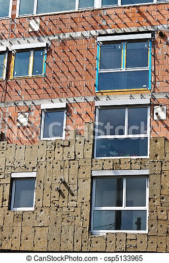 Insulation in new residential building shell - csp5133965