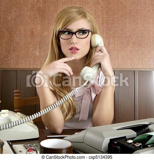 Schöne Sekretärinnen