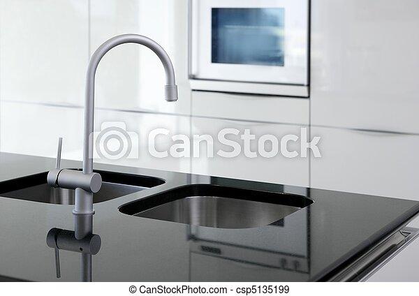 Banque de photographies de robinet moderne noir four blanc cuisine cui - Robinet cuisine moderne ...