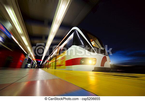 Train - csp5206655