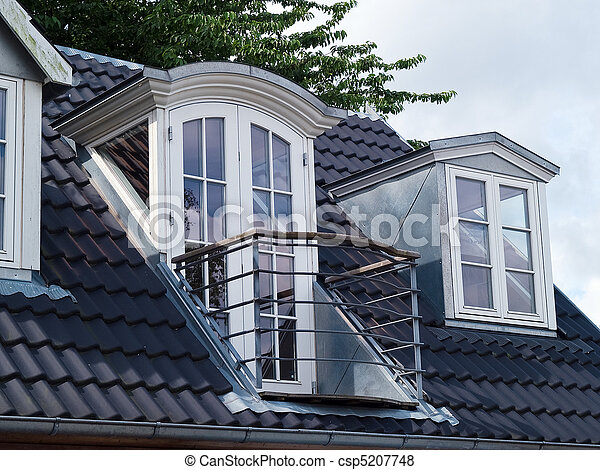 Images de classique vertical fenetres moderne toit for Fenetre de toit balcon