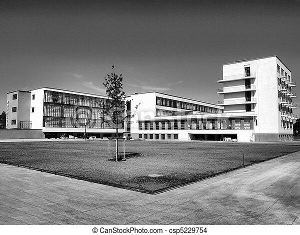 Stock de fotos de bauhaus dessau el bauhaus edificio for Bauhaus berlin edificio