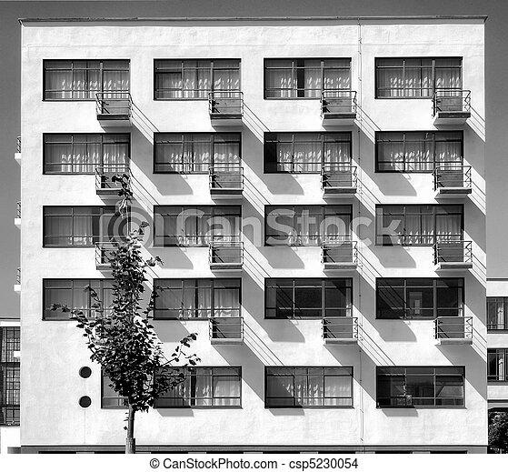 Stock de fotos de dessau bauhaus el bauhaus edificio for Bauhaus berlin edificio