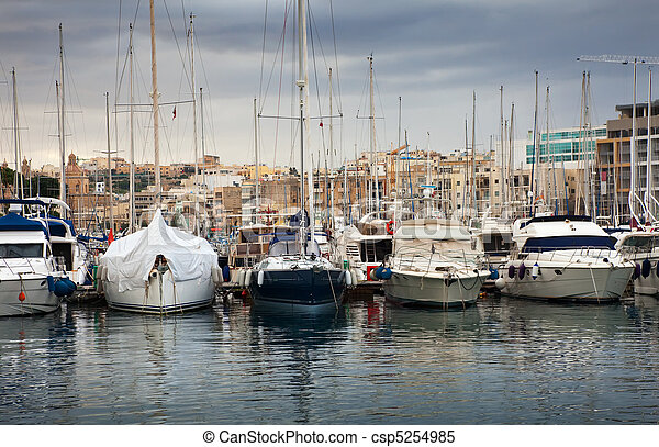 acostado, puerto, yates - csp5254985
