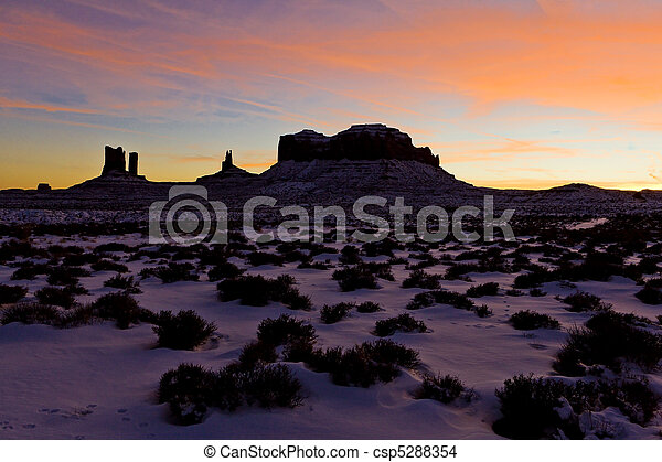 Monument Valley National Park after sunset, Utah-Arizona, USA - csp5288354