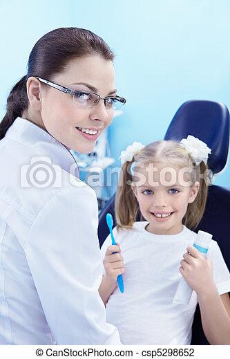 dentaire, soin - csp5298652