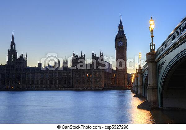 Beautiffully lit night cityscape including London landmarks on long exposure - csp5327296