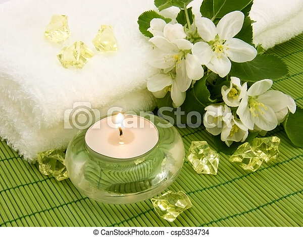 Aroma candle for aromatherapy - csp5334734