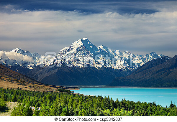 Mount Cook, New Zealand - csp5342807