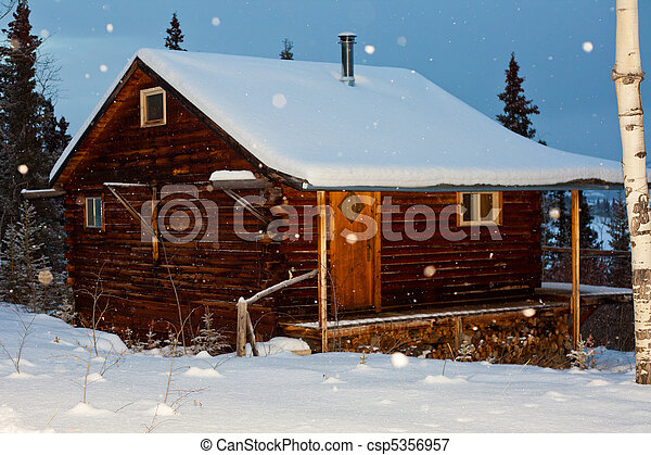 Cozy winter cabin - csp5356957