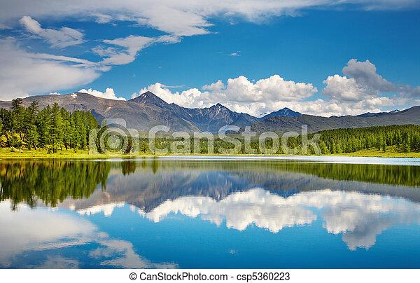 Montaña, lago - csp5360223