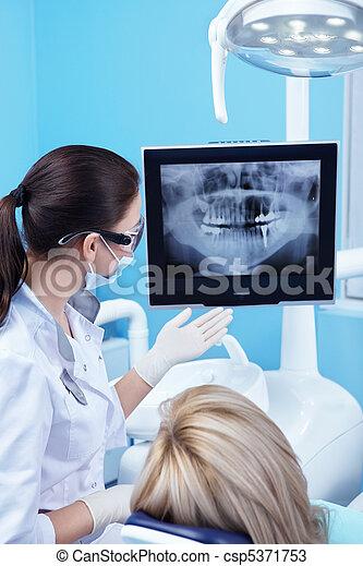 fogászati türelmes, röntgen - csp5371753