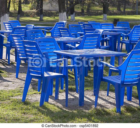 Stock fotos de pl stico mesas sillas muebles for Stock de muebles