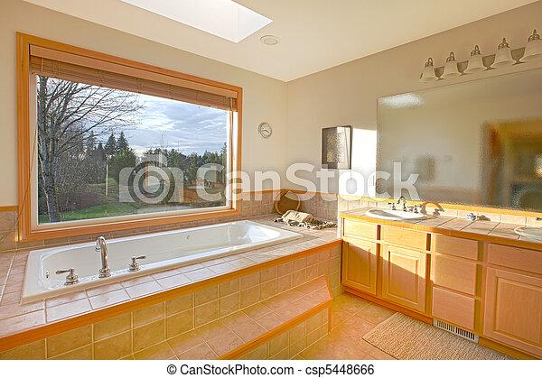 Stock de imagenes de cuarto de baño, grande, tina, ventana ...