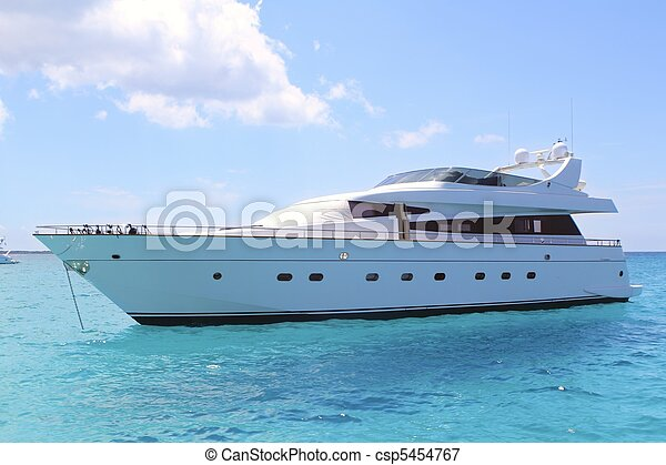 luxury yacht in turquoise Illetes Formentera - csp5454767