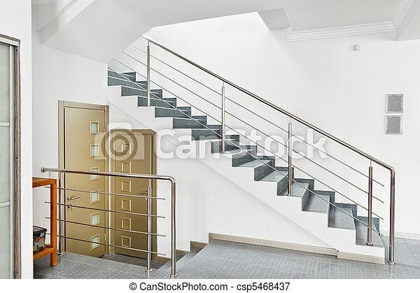 Bilder von stil treppenaufgang modern metall inneneinrichtung csp5468 - Forme escalier interieur ...