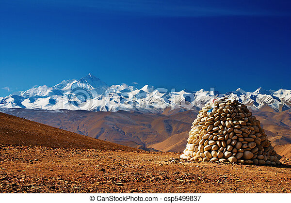 Mount Everest - csp5499837
