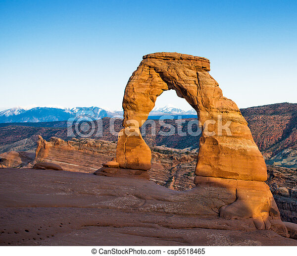 Delicate arch, Arches National Park, USA - csp5518465