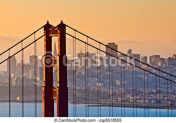 Golden Gate Bridge, San Francisco, California - csp5518555
