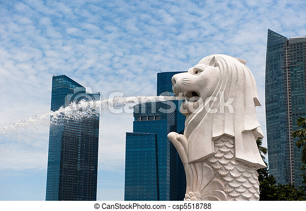 Merlion statue, landmark of Singapore - csp5518788