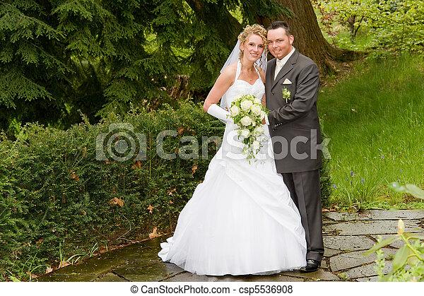 matrimonio - csp5536908