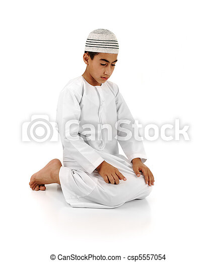 Islamic pray explanation full serie. Arabic child showing complete Muslim movements while praying, salat. Please look for another 15 photos in my portfolio. - csp5557054