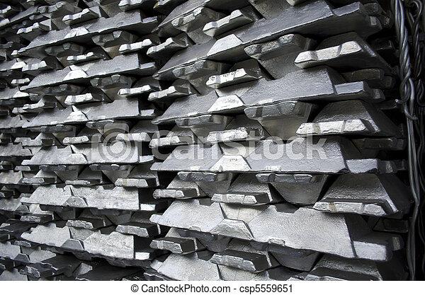 Raw aluminium ingot - csp5559651