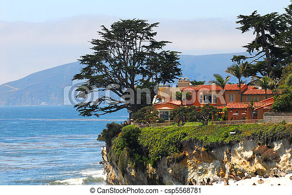 Luxury home along the California coast - csp5568781