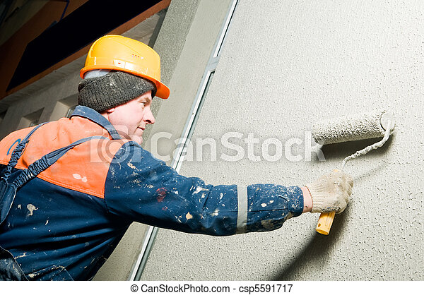 builder plastering facade wall - csp5591717