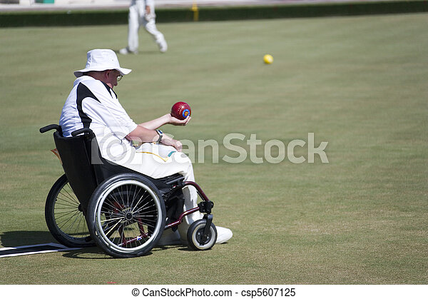 Wheel Chair Lawn Bowls for Disabled - csp5607125