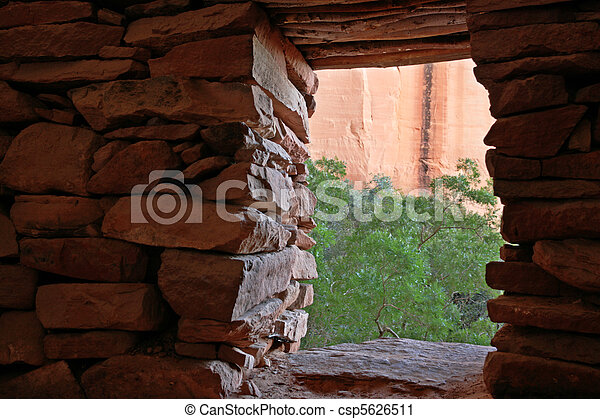 indian ruin doorway - csp5626511