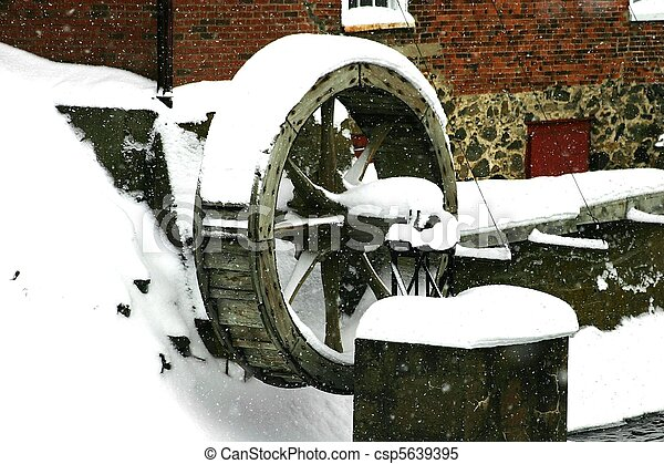 Snow Covered Houses At Padworth Mill On The River Kennet In Winter ...