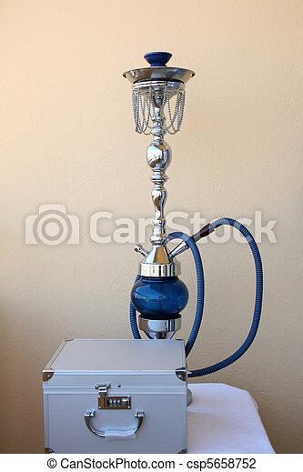 Appareil à fumer turc